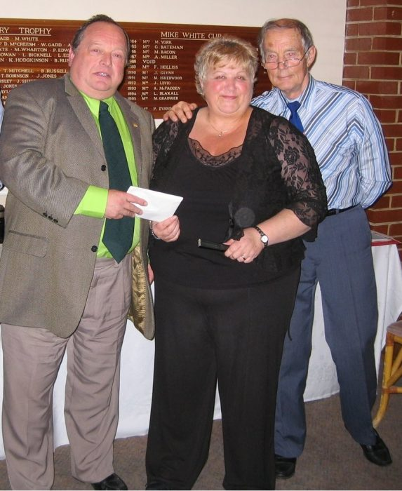 Pauline receiving her life time membership at the 2008 Willesden Dinner and Dance