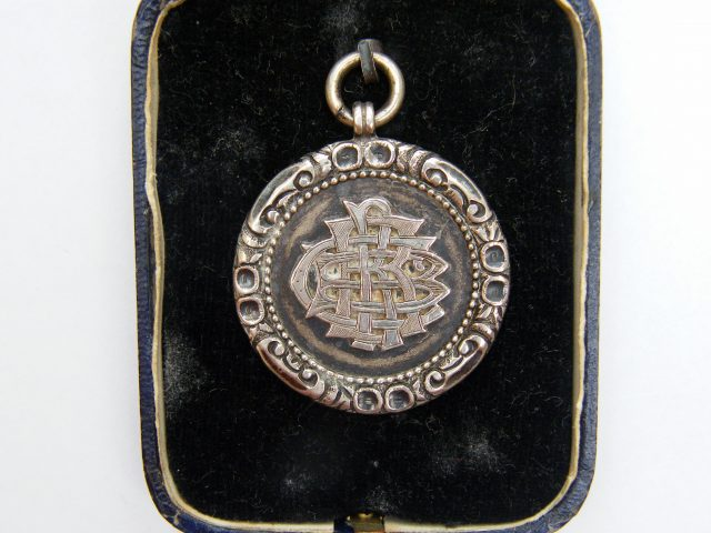 Front of 1895 time trial medal